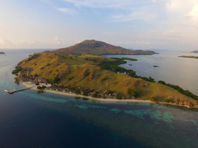 Sebayur komodo resort